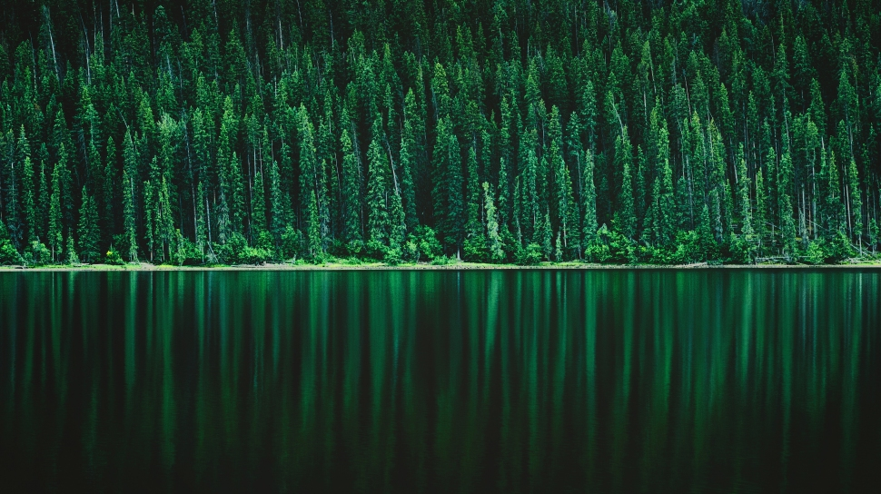 Emerald_Reflections_4000px